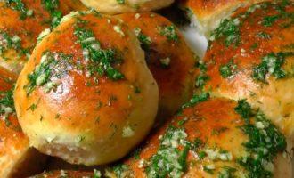 Пампушки с чесноком к борщу рецепт