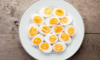 Яйцо вареное калорийность на 100 грамм